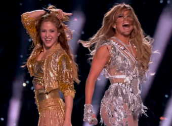 Shakira-tongue-J-Lo-FULL-Pepsi-Super -Bowl-LIV-Halftime-Show-feb-2020-seo-pjlighthouse